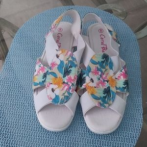 Coral Bay tropical flats size 9.